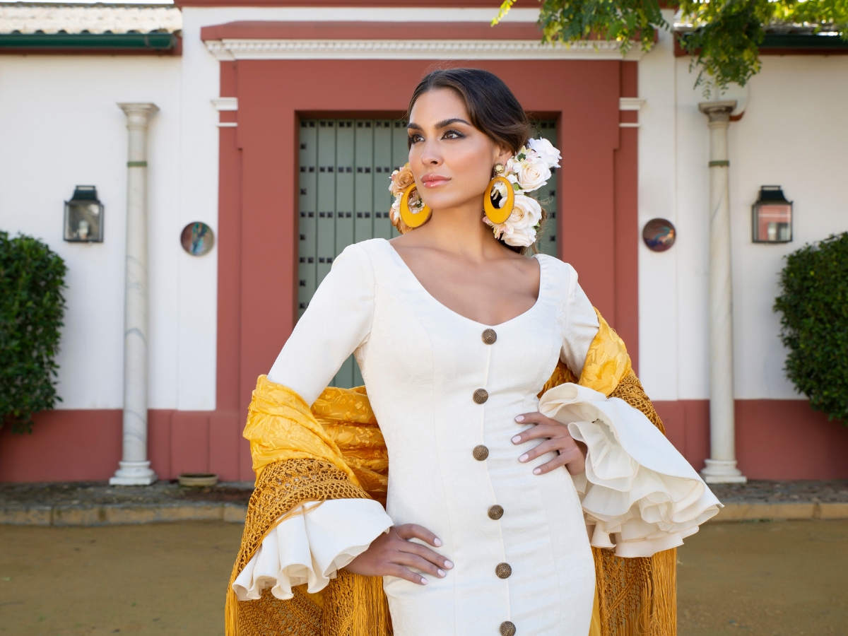 5c248f183 Aires de Feria · Trajes de flamenca y trajes de gitana