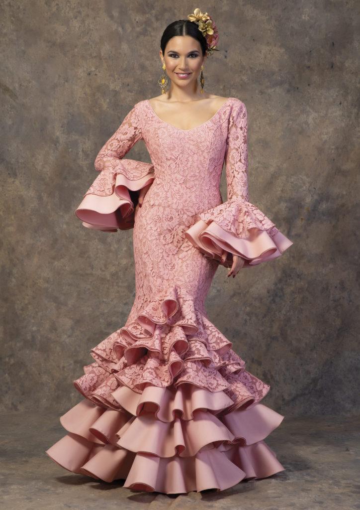 Traje de flamenca rosa de Aires de Feria. Modelo Al-Ándalus.