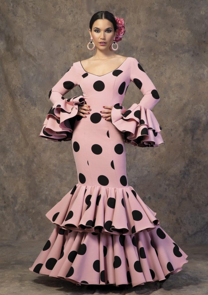 Traje de flamenca con lunares de Aires de Feria 2019. Modelo Capricho.