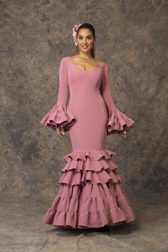 273c89f3b Descubre la Colección 2019 de trajes de flamenca de Aires de Feria