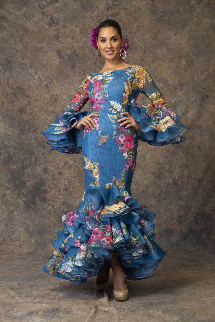 Traje de flamenca azul de Aires de Feria. Modelo Brisa.