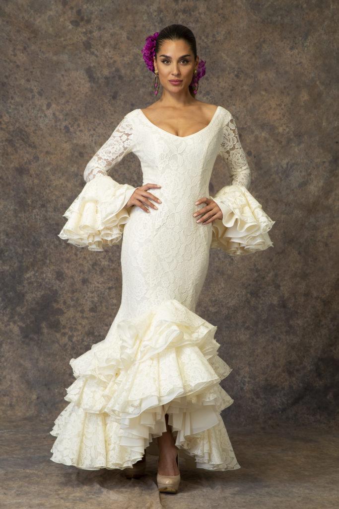 Traje de flamenca blanco de Aires de Feria. Modelo Brisa.