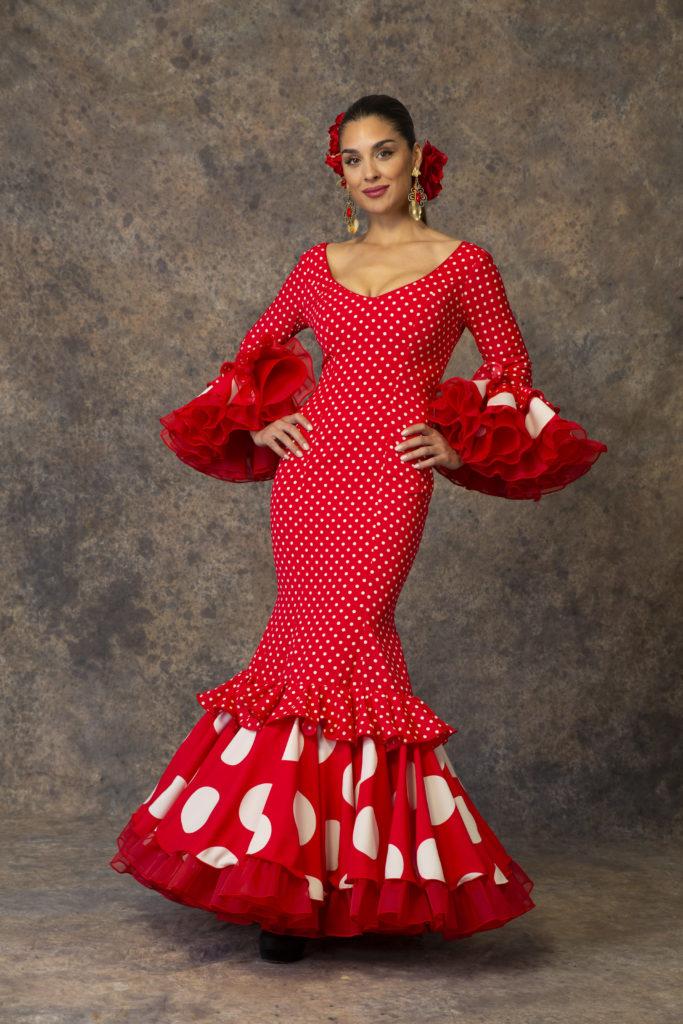 Traje de flamenca rojo con lunares de Aires de Feria. Modelo Piropo.